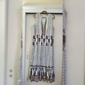 Old navy tiered maxi dress